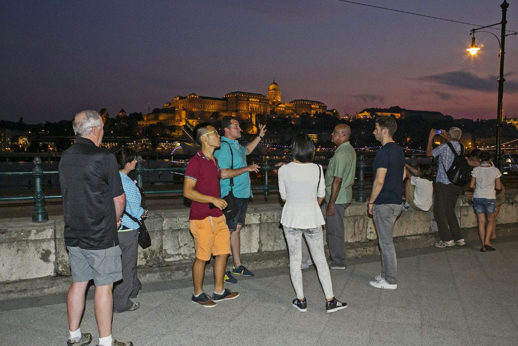 Enchanted Budapest Walking Tour and Danube River Cruise